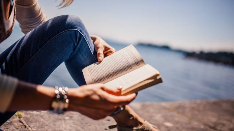 Comment progresser en anglais pendant les vacances ?